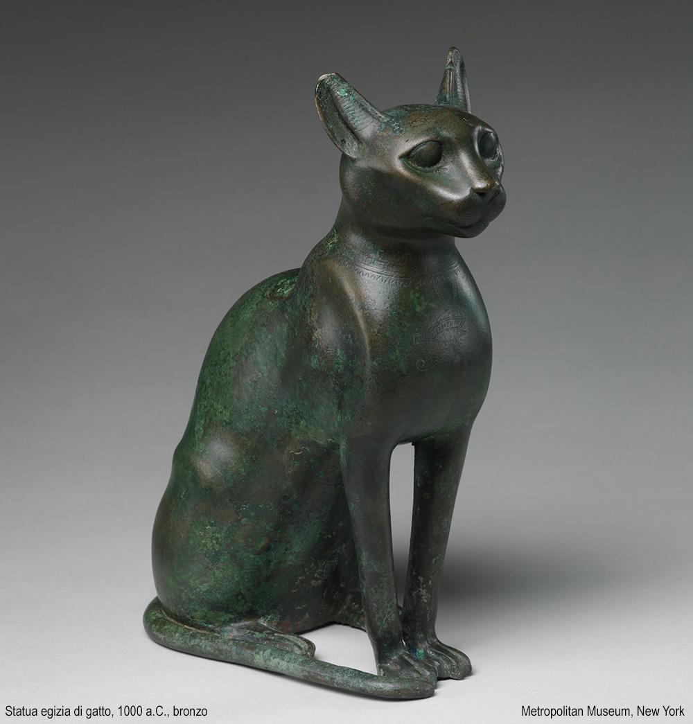 statua egizia di gatto